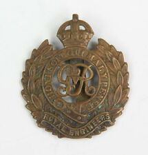 "Cap badge ""Royal Engineers Corps"" anglais WW2 (matériel original)"