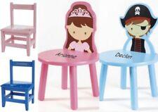 Tables et chaises multicolore en bois pour enfant