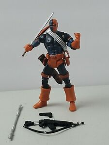 Dc Universe Classics Deathstroke - Fast Shipping - F65
