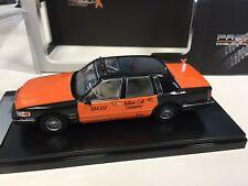 Lincoln Town Car 1996 Taxi USA - PREMIUM X 1:43 DIECAST MODEL CAR PRD363