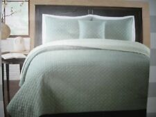 New King Size Quilt Coverlet - Circle Pattern - Price Reduction