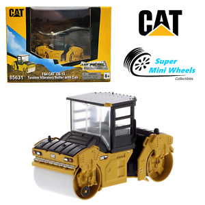 CAT 1:64 - Play & Collect - CB-13 Tandem Vibratory Roller with CAB