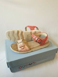 Girls Clarks Sandals Shoes Size 13