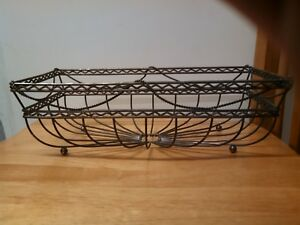 DECORATIVE RECTANGLE METAL BASKET FOR MULTI USE PURPOSE