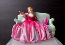 "Royal Doulton Figurine Sweet & Twenty Hn 1589 3-1/2"" tall x 5"" wide Mint Cond."