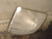 Mercedes-Benz Vito W638 Front right driver side indicator light 6388200821