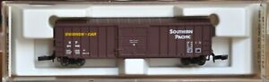 EARLY 1:220 Z SCALE MTL-Z SOUTHERN PACIFIC SINGLE DOOR BOXCAR MARKLIN COUPLERS