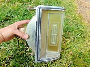 1977-79 Lincoln Continental Mark V Coupe Front Turn Signal Parking Light RH Pass