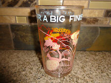 """Vintage 1974 Warner Bros Wile E. Road Runner 4.25"""" Cup Clear Glass"""