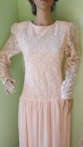 VTG Saks Fifth Avenue Cream/Peach Lace/ Beads Long Sleeveless Dress Low Back 8