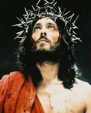 ROBERT POWELL JESUS OF NAZARETH 8X10 COLOR WITH THORNS