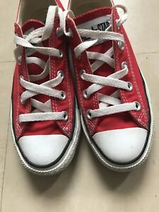Red Converse size 3