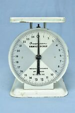 Antique AMERICAN FAMILY SCALE WEIGHS to 25 LBS OLD FARM HOUSE KITCHEN WHITE 8019