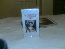 0-7907-1136-2 The Madwoman Of Chaillot-Starring Katharine Hepburn-VHS-WOW!!!!!!!