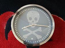 Diamante SKULL & CROSSBONES Wall Clock