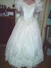 romantisches Brautkleid/Kostüm in crem Gr 46/48/50/52/54 mit Zubehör