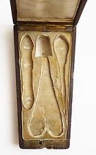 Boite écrin pour nécessaire de couture Napoleon III 19e siècle ciseaux dé coudre