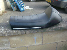 Suzuki GT750 Giuliari seat cover and side trims