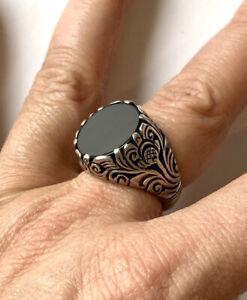 ottoman style silver ring natural flatcut onyx stone & engravings US 8.5 black