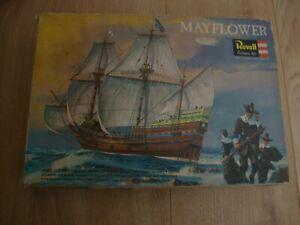 L211 Revell Model Kit H-327 - Mayflower