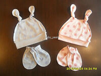 BABY DOUBLE KNOTTED HAT SCRATCH MITT GIFT SET GIRLS BOYS PINK BLUE SPOTTY DOT
