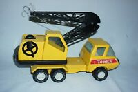 Tonka toy Yellow Truck crane metal body plastic parts, working winch