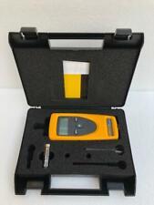Fluke 930 Digital Non-Contact Tachometer 1 To 99999 Revolutions/minute