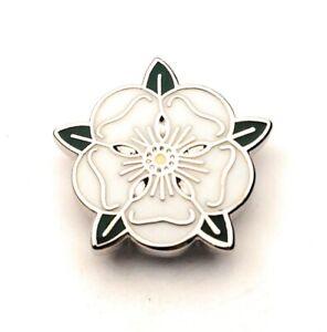 White Rose of Yorkshire Lapel Pin badge FREE P&P