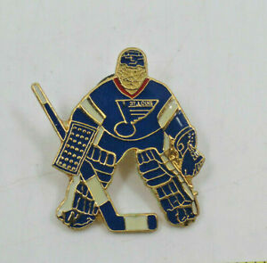 NHL St louis Blues Golie Goaltender Hockey Official Collectible Pin Vintage
