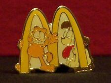 McDonald's Garfield & Odie Vintage 1980's Crew Award Pinback