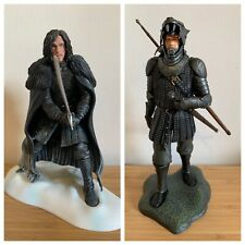 Dark Horse Deluxe Game Of Thrones 2x Boxed Figures THE HOUND and JON SNOW HBO