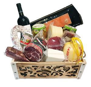 Strenna di Pasqua PLATINUM BOX 2 - Cesto Gastronomico Pasquale salumi formaggi