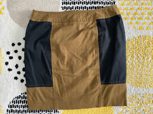 Cue Black And Tan Mini Skirt Size 10