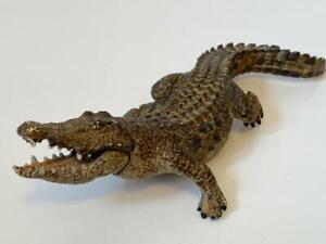 2014 Schleich alligator crocodile figure with moveable jaw