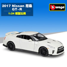 Bburago 1:24 Nissan 2017 GTR Diecast Model Car Toy White