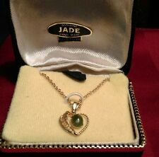 VINTAGE GREEN JADE HEART PENDANT NECKLACE GOLD  FILLED IN BOX
