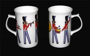 2 Mikasa Musical DRUMMER Marching Band Gold Accents Bone China Mugs UNUSED DISC