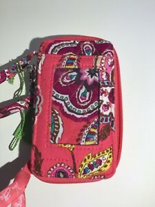 VERA BRADLEY ALL IN ONE WRISTLET * CALL ME CORAL PATTERN * NEW WITH TAGS