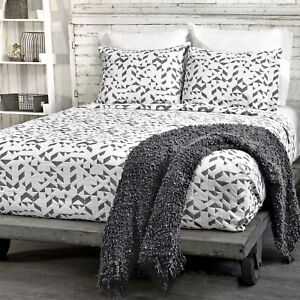 Kinetic king Coverlet by LaMont Home, Black