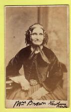 CDV - Mrs Brown, Newbury - Thos. Tomlinson - Manchester