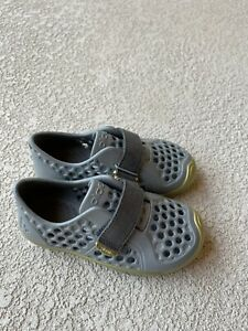 PLAE Mimo Water Shoes Youth Size 9 Kids boys Unisex Synthetic Sandals Water Gray