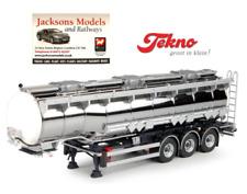 Tekno 68059 Gooseneck Tanker 3 Axle Trailer Silver/White 1:50 Scale