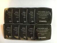Lot of 10 CHANEL Vitalumiere Aqua Skin Perfecting Makeup SPF15, 30 BEIGE Samples