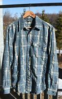 Vintage ROYAL ROBBINS Slate BLUE PLAID Shirt Rayon EMBOSSED Buttons Medium EUC