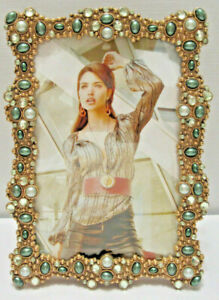 """Green Pearls and Crystals Jeweled Gold Plated 4X6"""" Picture Photo Frame"""