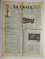 N635 La Une Du Journal La croix 24 août 1927 la journée, revue des saints