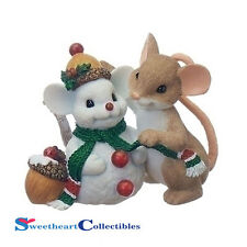 Charming Tails 130444 Christmas Mouse with Snowman Friend 2017