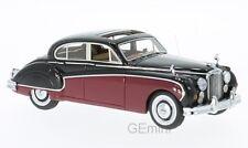 NEO 49549 - Jaguar MK 8 rouge/noir - volant à droite - 1955    1/43