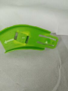 Vintage Hot Wheels Ultimate Garage Shark Escape GREEN RAMP REPLACEMENT PART