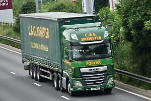 Truck Photos Scottish CG Brewster of Forfar DAF 106XF & Tautliner SV21 NDD